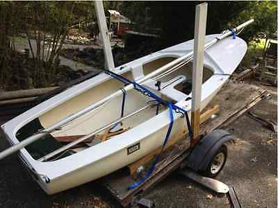 Mac 10' Sailing Dinghy in Very good Condition With Complete Rigging