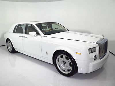 Rolls-Royce : Phantom 4dr Sedan 2005 phantom 20 k miles white tan navi parking sensors 21 wheels 06 07