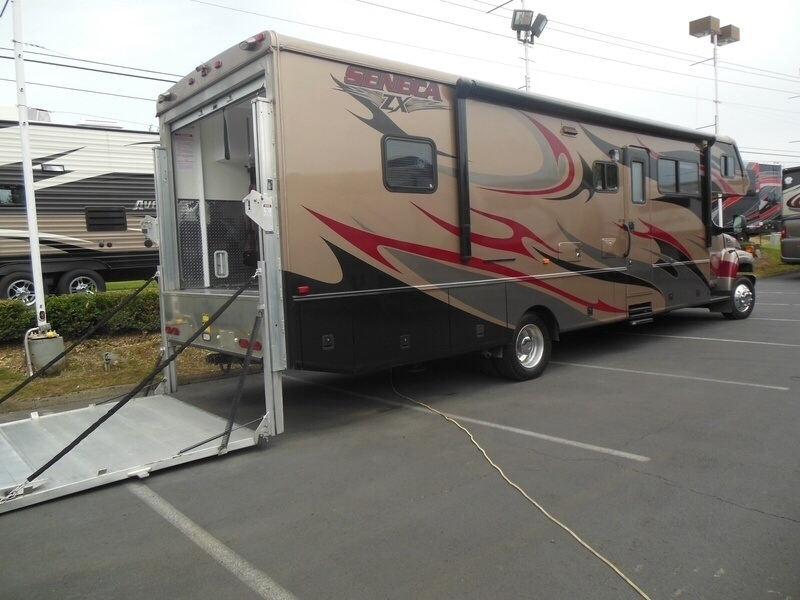 Awesome 2007 Jayco Seneca 35ZX Toy Hauler For Sale In POOLER GA  RacingJunk Classif