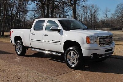 GMC : Sierra 2500 Denali 4WD Crew Cab Denali Pkg Navigation Factory Warranty Remaining New Michelin Tires MSRP $54305