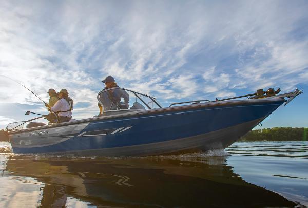 2015 Crestliner 2150 Sportfish