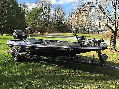 1993 Gambler Intimidator 193 Bass Boat.  200 HP Mercury XRI