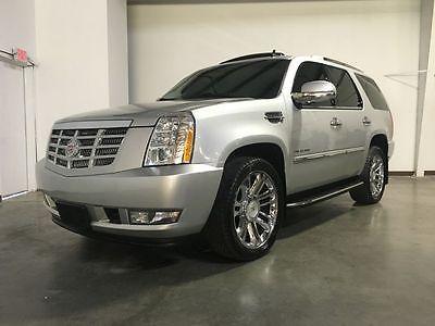 Cadillac : Escalade Luxury 2011 cadillac escalade awd bright silver super clean