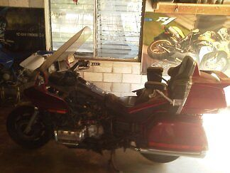 Other Makes : Goldwing Honda Goldwing GL1500 Aspencade,Has all body parts not seen