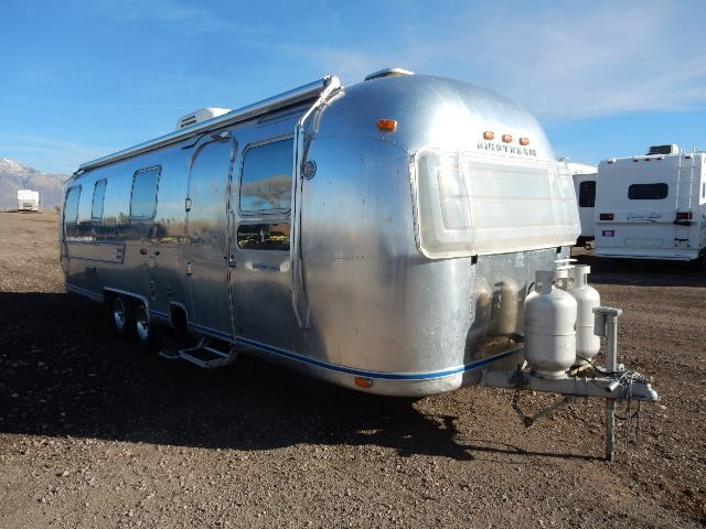 2016 Airstream 23 FB FLYING CLOUD