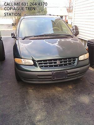 Plymouth : Voyager voyager car 1999 Plymouth Voyager SE Mini Passenger Van 4-Door 3.3L 130,M 850$