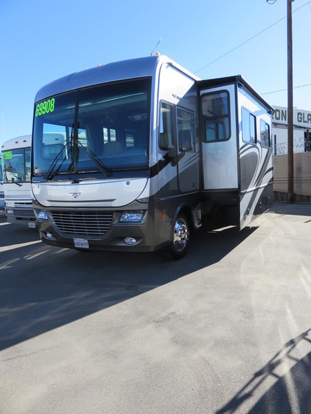 2002 Fleetwood Pace Arrow 35G