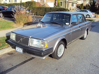 Volvo : 240 DL 4 Door Sedan SUPER CLEAN-ONE OWNER-160K ORIGINAL MILES -WELL KEPT-ORIGINAL CONDITION
