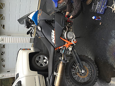 KTM : Adventure ktm 990
