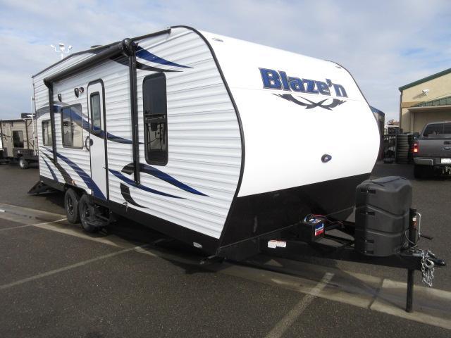 2016 Pacific Coachworks BLAZE N 21FS FRONT SLEEPER / REAR ELEC