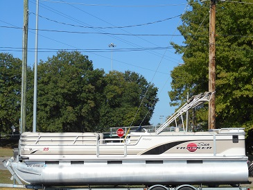2002 Sun Tracker PARTY BARGE 25