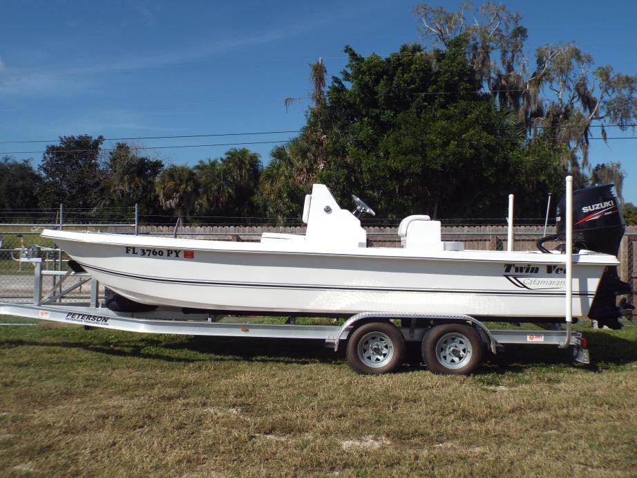 2015 Twin Vee Catamarans Baycat