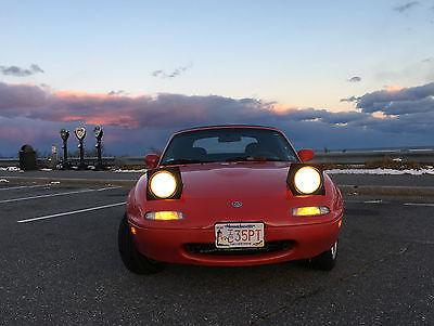 Mazda : MX-5 Miata Convertible 2-Door 1997 red mazda miata 94 500 miles
