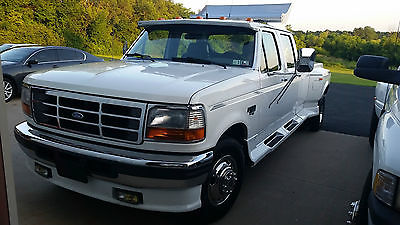 1997 Ford F-350 XLT Crew Cab Pickup 4-Door 1997 Ford F-350 XLT Super Duty Crew Cab Pickup 4-Door 2-WD 7.3L