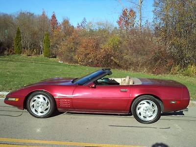 1994 Chevrolet Corvette Base Convertible 2-Door 1994 Chevrolet Corvette Base Convertible 2-Door 5.7L