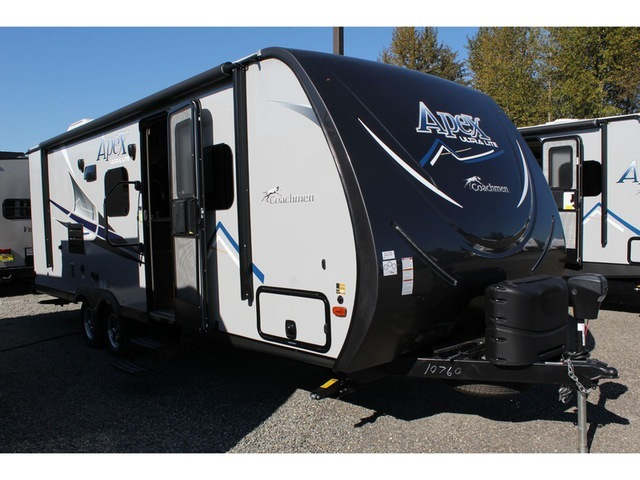 Coachmen Apex 235 BHS