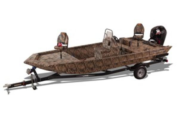 2017 LOWE BOATS Roughneck 2070 CC