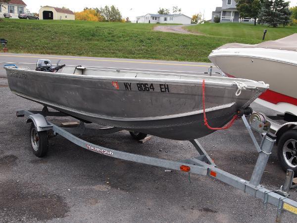2003 Crestliner Deep V 16 aluminum