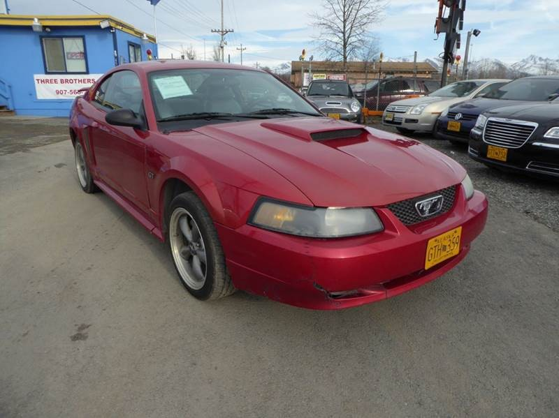 2001 Ford Mustang GT 2dr Coupe
