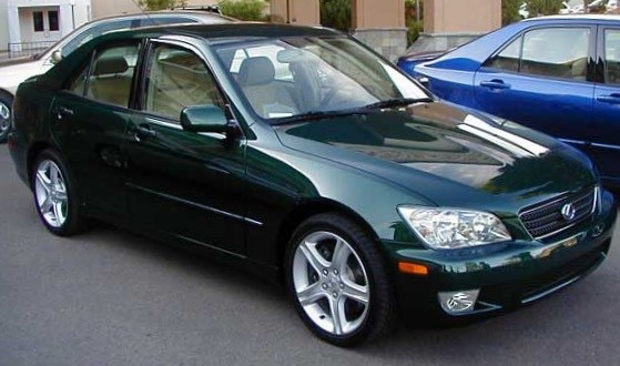 2001 Lexus IS 300 4dr Sdn