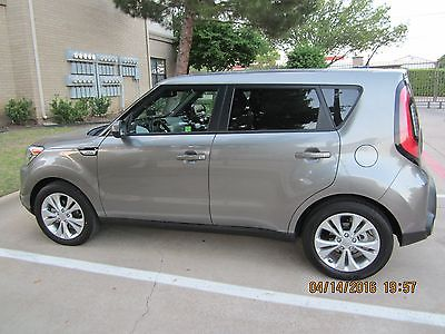 2015 Kia Soul Soul+ 2015 KIA Soul+ 2.0 L 164 hp Grey in Great Condition with Warranty for local sale