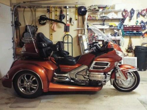 2007 Honda Gold Wing  2007 Honda Goldwing GL1800 With  2015 Roadsmith HTS 1800 Trike Kit