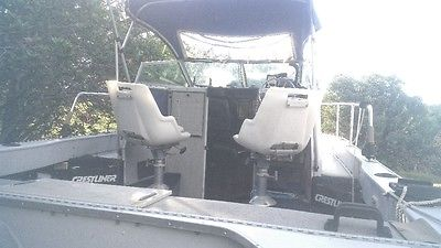 21 ft All Aluminum Crestliner Walk Around Cutty Cabin. A lot of boat for money