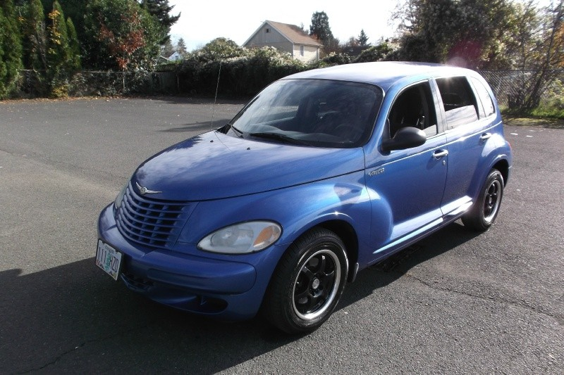 2005 Chrysler PT Cruiser**LOW MILES**Auto fully Loaded Clean Title Good Tags