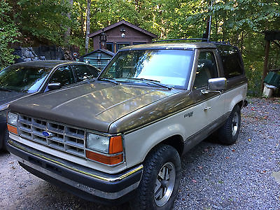 1989 Ford Bronco II XLT Plus Sport Utility 2-Door 1989 Ford Bronco II XLT Plus Sport Utility 2-Door 2.9L
