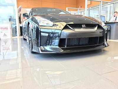 2017 Nissan GT-R Premium Coupe 2-Door 2017 Nissan GT-R Premium Edition *FREE TRACK DAY WITH PURCHASE!*