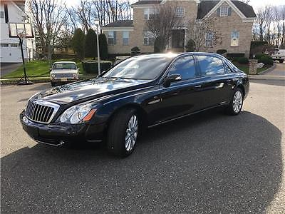 2008 Maybach 62 N/A 2008 Maybach 62S Black on Black Partition Complete Accessories Closest to NEW