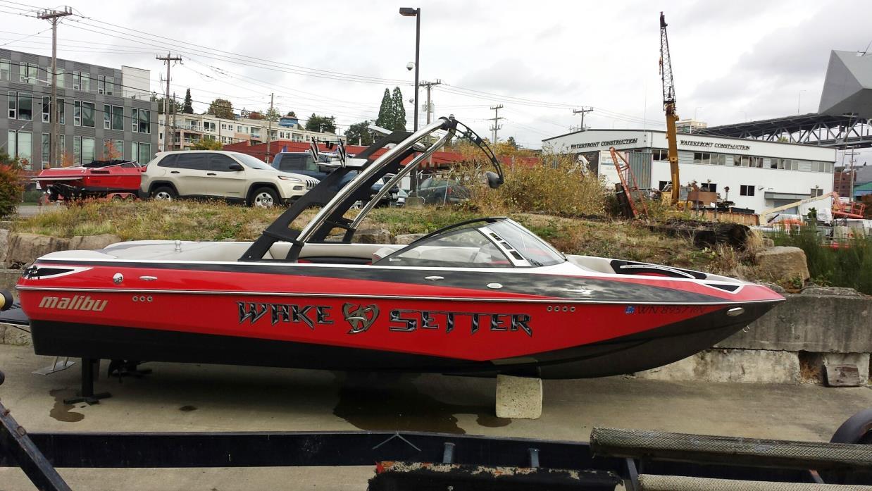 2011 Malibu Boats LLC Wakesetter 23 LSV