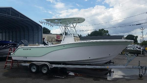 2017 Sea Fox 246 Commander