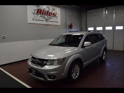 2014 Dodge Other Pickups -- 2014 Dodge Journey SXT  33162 Miles Bright Silver Metallic Clear Coat  Pentastar