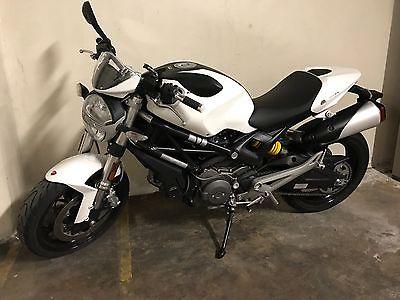 2014 Ducati Monster  Ducati Monster 696 - 2014