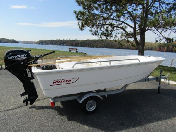 2016 Boston Whaler 11 TENDER