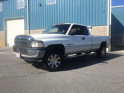 1999 Dodge Ram 1500 BASE 1999 DODGE RAM 1500 EXTENDED CAB WITH AN 8' BED IN WHITE