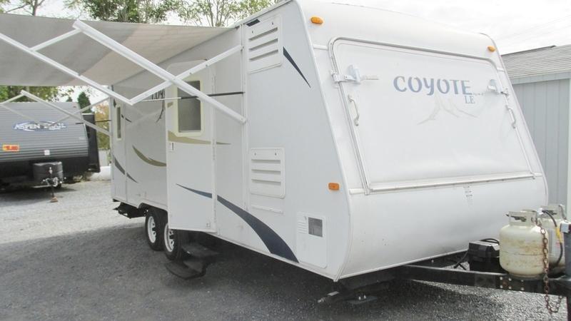 Kz Rv Coyote Hybrid 23CR