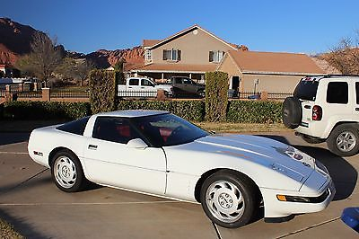 1992 Chevrolet Corvette 2 Door 1992 Chevrolet Corvette