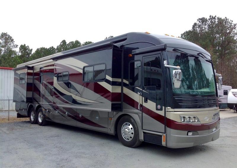 American Coach Eagle 45D