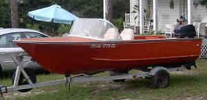 Rare 1959 Duracraft 15 ft aluminum deep-V runabout project boat