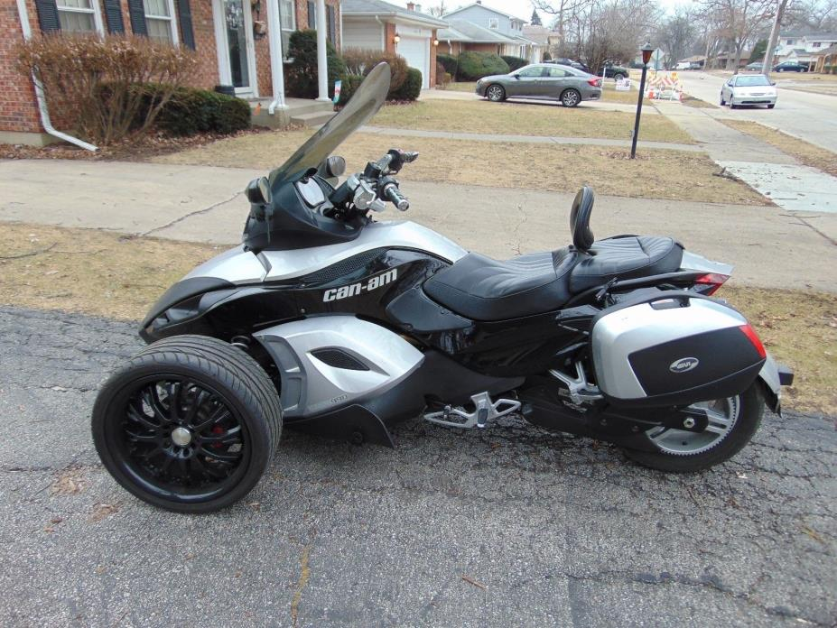 2008 Can-Am GS  2008 Can-Am Spyder Roadster GS Silver with Extras