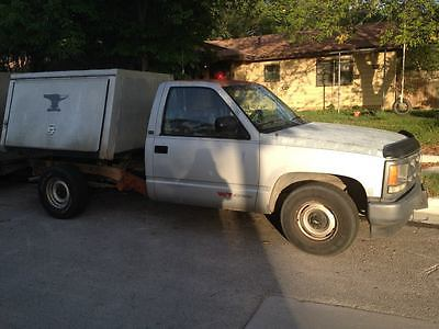 1992 Chevrolet Other Pickups  1992 Chevy Pickup with Aluminum Farrier/Horsehoeing Bed