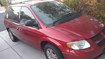 2003 Dodge Caravan Sport Mini Passenger Van 4-Door 2003 Dodge Caravan Sport Mini  Van 4-Door 3.3L With Lift and 3 Wheel Scooter