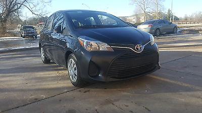 2015 Toyota Yaris LE 2015 Toyota Yaris LE HB Economical Perfect Commuter Clean Title