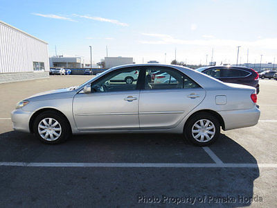 2005 Toyota Camry 4dr Sedan LE Automatic 4dr Sedan LE Automatic Automatic Gasoline 2.4L 4 Cyl SILVER