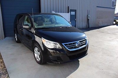 2010 Volkswagen Routan SE Mini Passenger Van 4-Door 2010 Volkswagen Routan SE Dual Entertainment Leather Bluetooth Knoxville TN