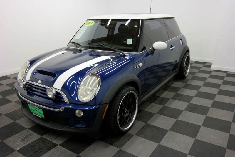 2004 MINI Cooper S 2dr Supercharged Hatchback