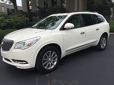 2013 Buick Enclave Leather Group 2013 Buick Enclave-Leather Group-WHITE w/Grey, New Michelins, remaining Warranty