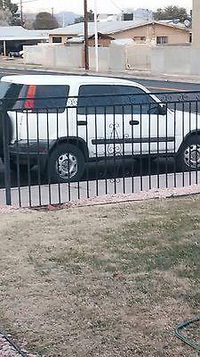 2000 Honda CR-V LX Sport Utility 4-Door 2000 Honda CR-V LX Sport Utility 4-Door 2.0L
